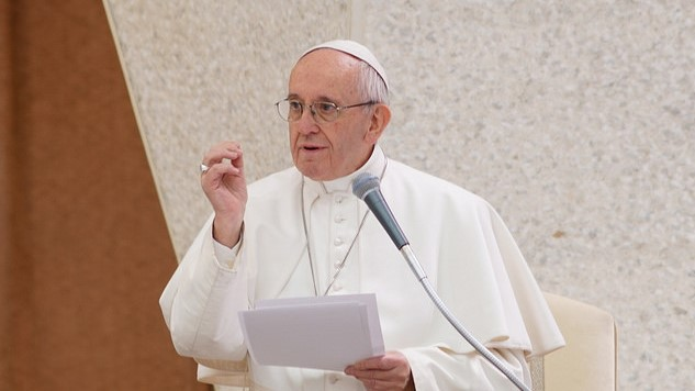 Pope Francis To EoC (wide)